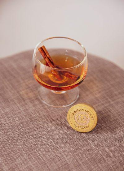 maroon caraïbes caribbean spice boisson rhum épicé authentique racine cannelle
