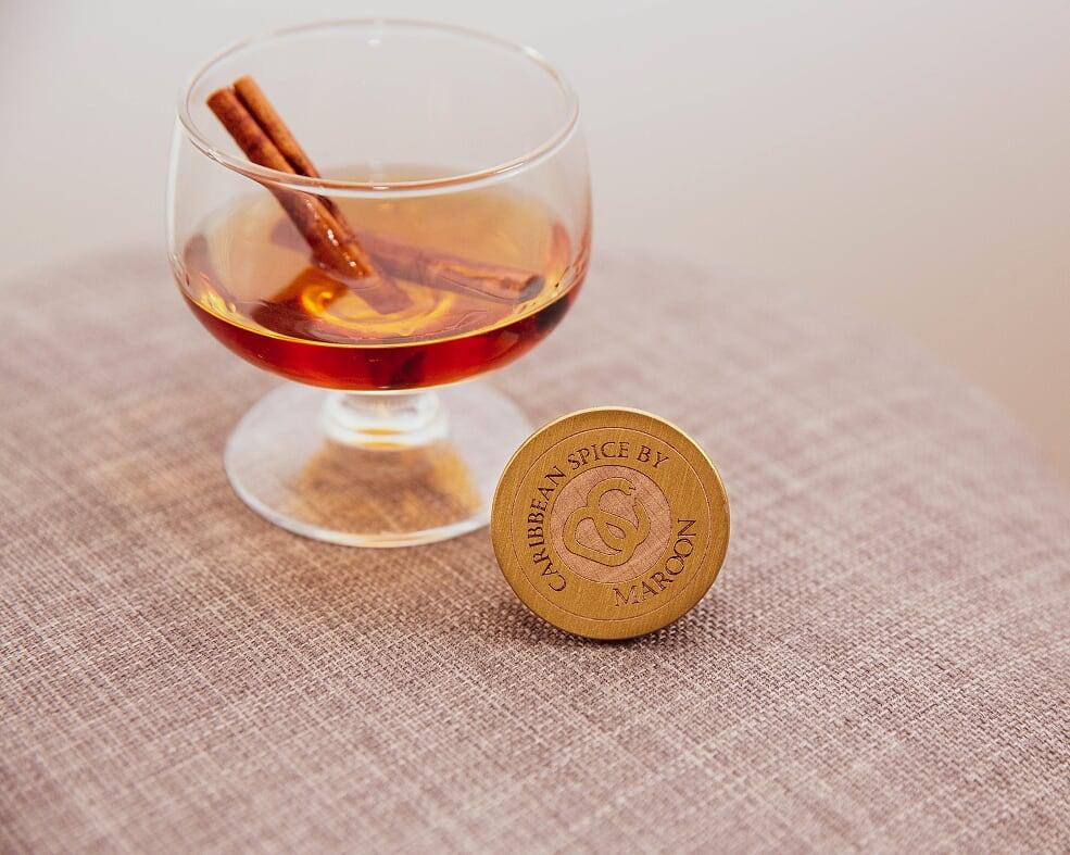 maroon caribbean caraïbes spice boisson rhum épicé authentique cannelle racine