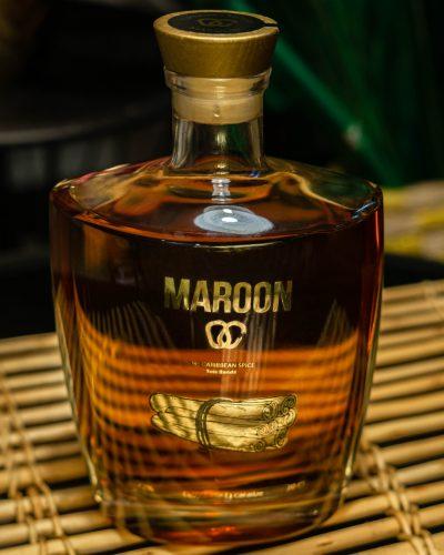maroon spice bois bandé boisson cannelle racine caraïbes caribbean rhum épicé authentique
